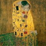 """Gustav Klimt painting """"The Kiss"""" which is a stylized view of a man kissing a woman where her neck appears to bend at an odd angle."""